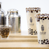 タピオカドリンク専門店「パールレディ」を運営する有限会社ネットタワー(代表・江野俊銘)が、台湾茶とタピオカ専門店『TEA18』(ティーエイティーン)を横浜初となる3号店を4月27日、そごう横浜にオープンします。