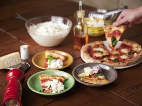 本格窯焼きピッツァに 5種のチーズかけ放題!併設チーズ工房で作られた自家製フレッシュチーズもあり女性に人気の「good spoon」の新業態、2020年3月6日(金)横浜モアーズに登場