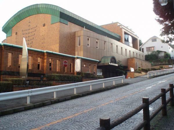 舞台芸術など創造活動を行う横浜の拠点・旧老松会館(急な坂スタジオ)の次期運営団体を公募